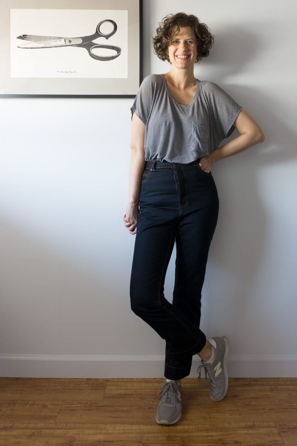 18SEWDIY-DawnJeans-Outfit-front2.jpgDIY High Rise Rigid Jeans - Megan Nielsen Dawn Jeans | Sew DIY