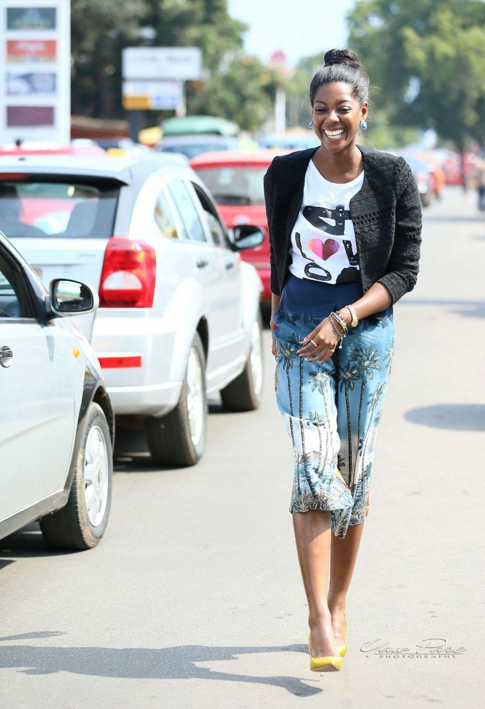 Afua Rida styled by rida Ghanaian stylist Christie brown culottes kayobi t shirt zara jacket j crew shoes 13.JPG