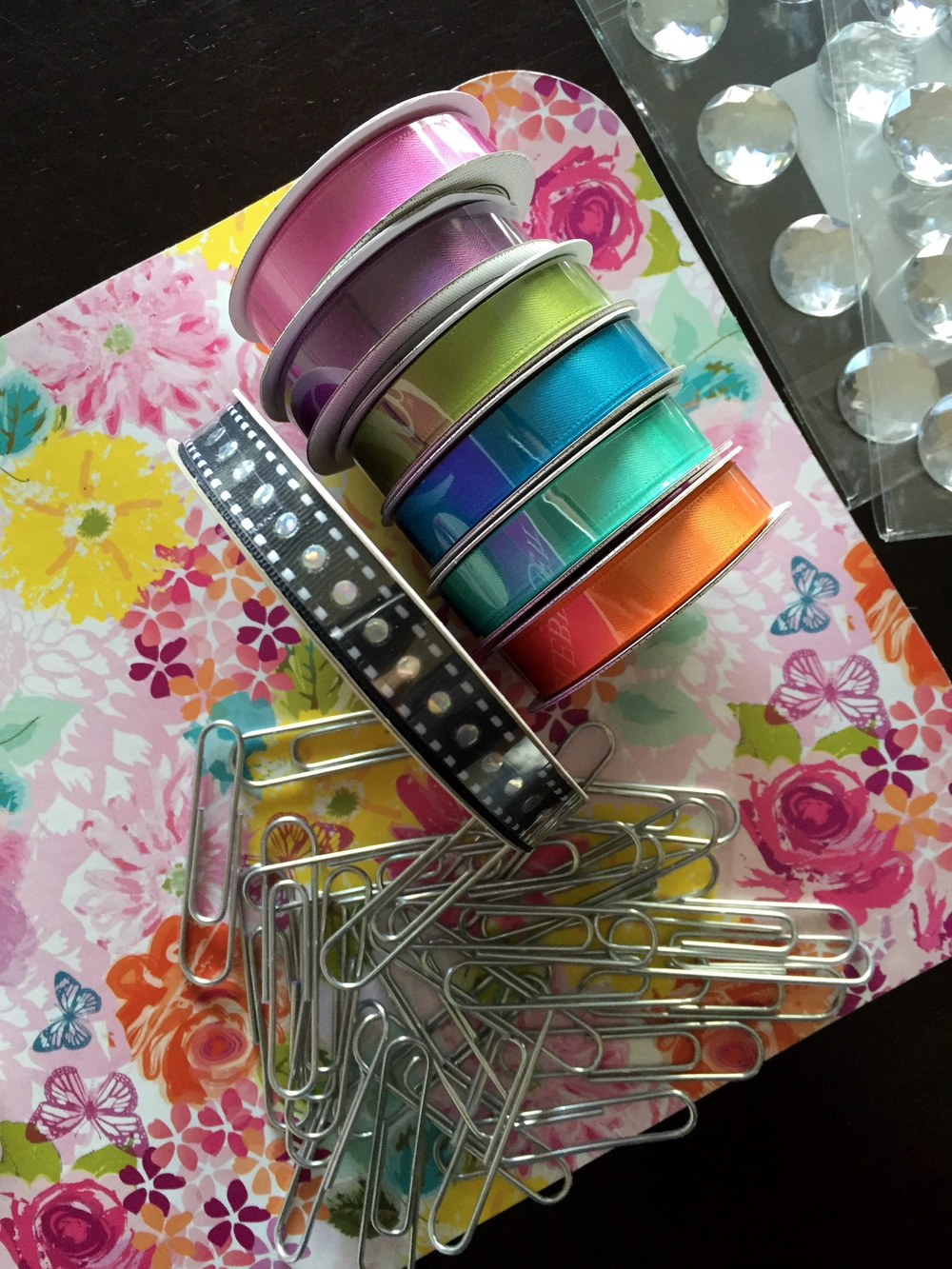 DIY embellished paperclips bling scrapbooking papercrafts