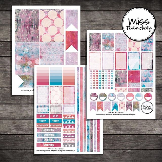 "Art Journal meets planner - follow link in profile :) 🌺 Artistic Vibes Planner Printables - Pink, Light Blue, Grey 160+ Printable planner stickers for MAMBI Happy Planner, Erin Condren Planner or FiloFax in Pink, Light Blue, Grey colours.  Created for you for in Photoshop - will print perfectly to decorate your Happy Planner, Erin Condren planner or Filofax planner.  Weekly kit with comes complete with: 🌺 patterned and writeable full boxes 🌺 patterned and writeable half boxes 🌺 to do lists 🌺 checklists 🌺 To Buy / To Do / Remember headers 🌺 circles 🌺 small & large flags 🌺 gradient note boxes 🌺 patterned box headers 🌺 hydrate checklists 🌺 weekend banners 🌺 decorative strips that fill 4.5"" + 6"" weekly spreads when cut down 🌺 monthly calendar boxes 🌺 3"" x 4"" journal cards now included! #planner #plannerprintable #plannerstickers #happyplanner #erincondren #etsy #mambi #mambiplanner #planneraddict #plannerlove #plannernerd #plannercommunity #plannergirl #artjournal"