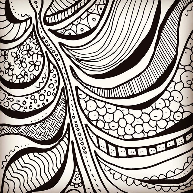 Releasing my first newsletter tomorrow and including an awesome feather colouring page + a sweet promo code for the shop. Click link in my bio to sign up now :) #coloring #newsletter #blogger #etsy #planner