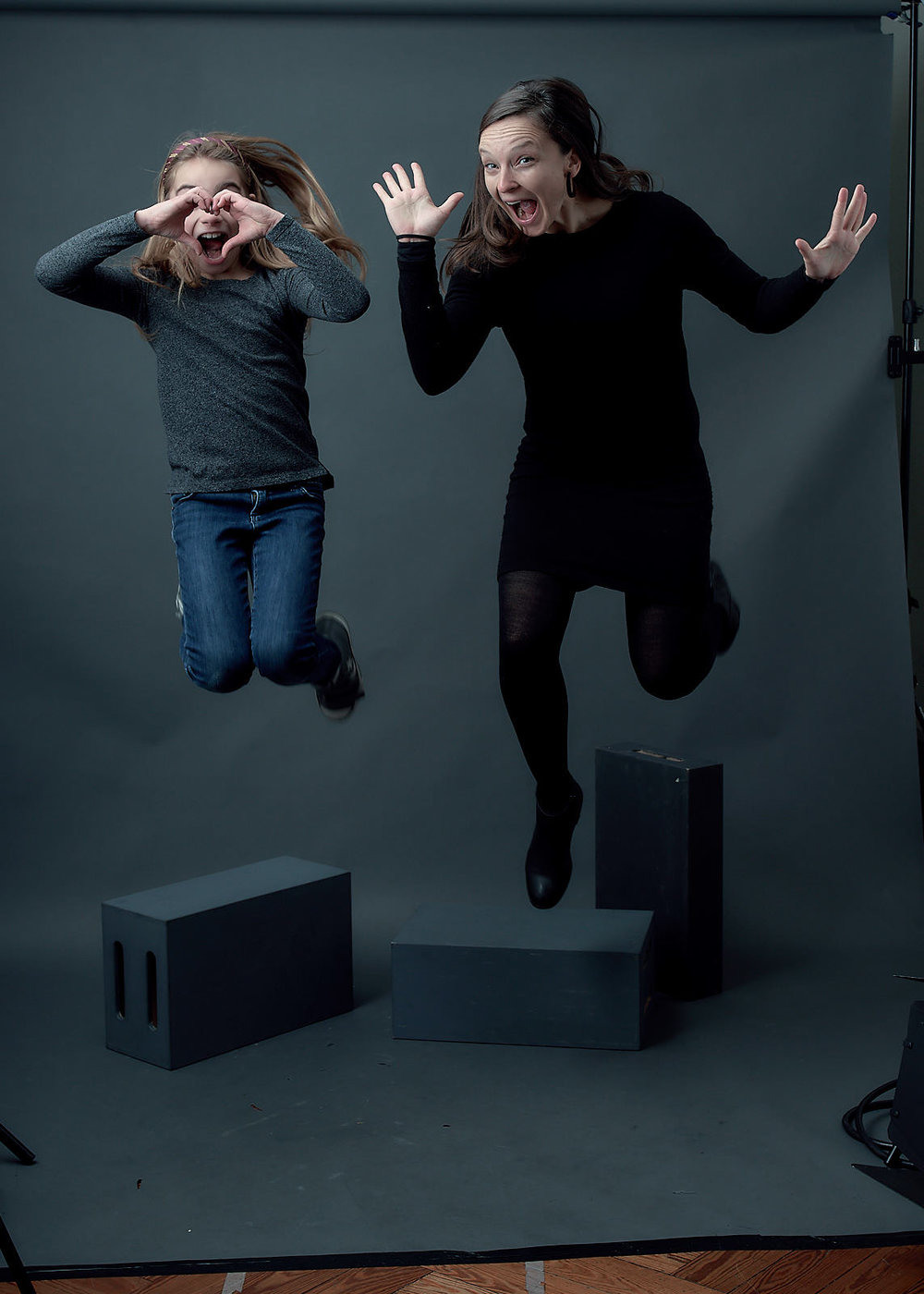 When the child and the godmother have fun in my photo studio! (unedited image)