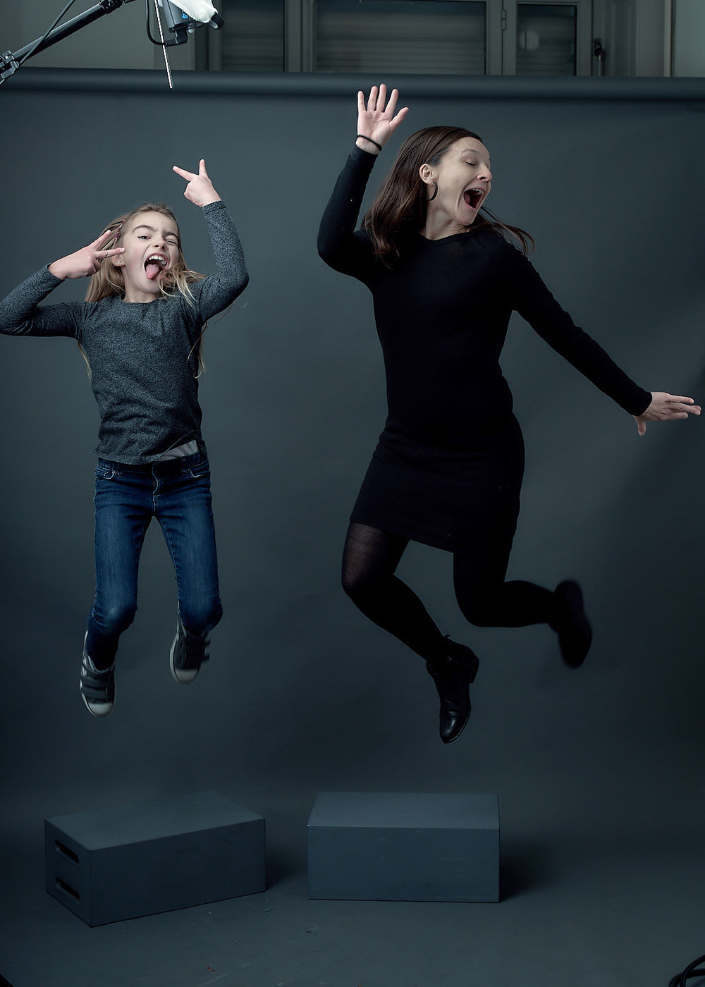 Bring in your family for a memorable photoshoot in Geneva! (unedited image)