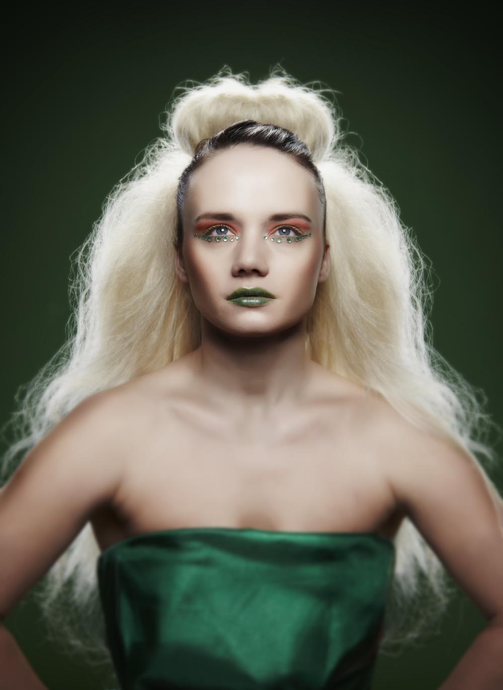 Makeup: Nadine (nadinepyke.com) Hair: Bethany (nadinepyke.com)