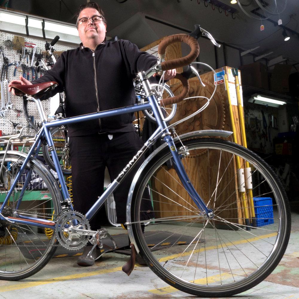 Chicago_Cosmic_Bikes_Repair_Shop