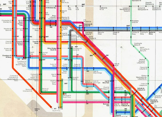 Massimo-Vignelli%E2%80%99s-1972-NYC-subway-map-uses-geographic-distortions-to-accommodate-subway-lines