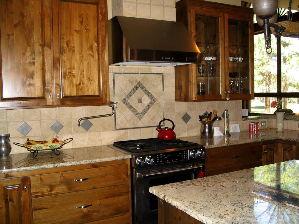 Royal Coachman kitchen 3.jpg