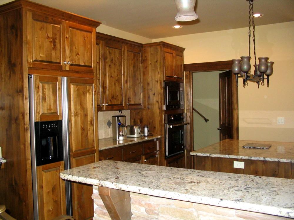 Royal Coachman kitchen 2.jpg