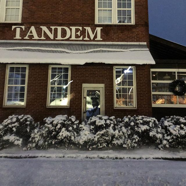 Tandem is closed for the day. We've got a lot of snow and currently no power. See ya tomorrow! ⛄️