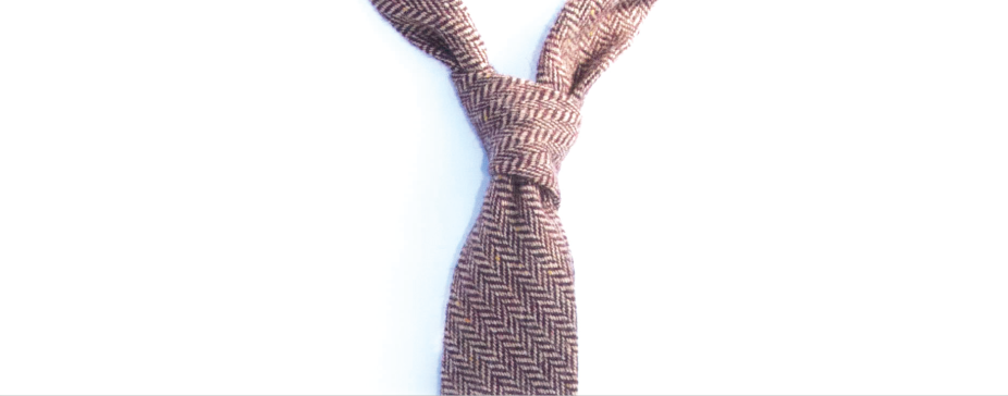 how to do a four in hand knot by Shaun Gordon