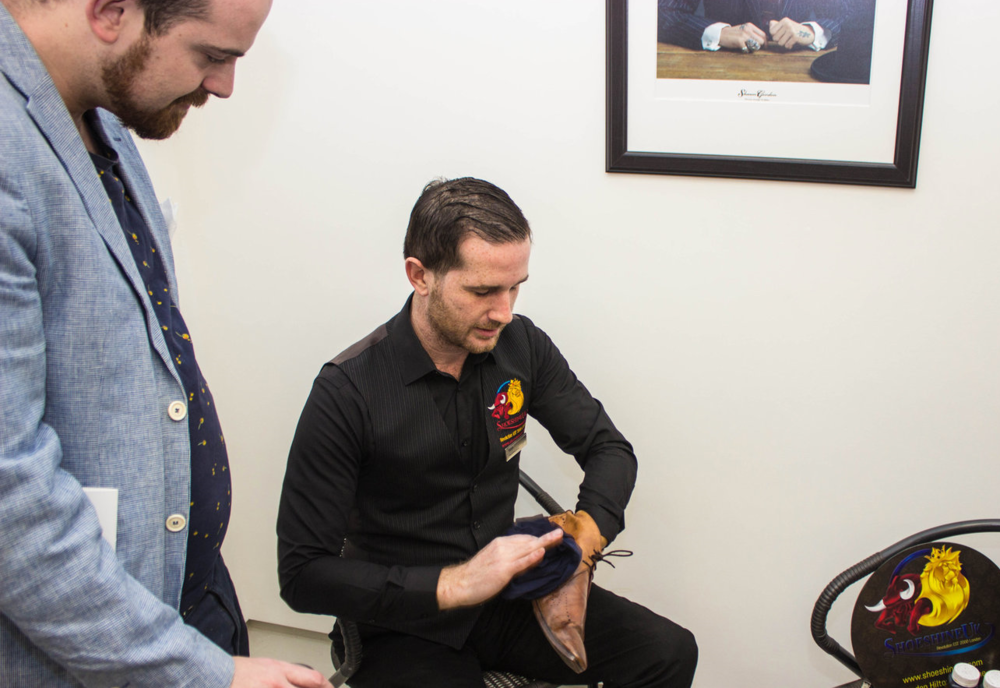 Ladies and Gentlemen were treated to extrordinary shoe shine service bySteve at Shoe Shine UK