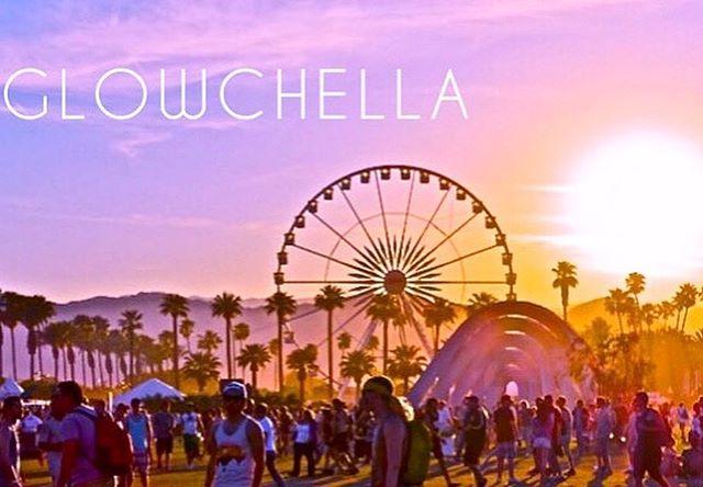 Because lets be honest, why even go to Coachella without a spray tan?  T-2 weeks🎡 . . . . . #spraytan #glowchella #spraytanning #tan #tanlines #beautyblogger #coachella #womeninbiz #bronzed #coachellastyle #selftanner #selftan #glowup #airbrushtanning #tannedskin #glowingskin #sprayedbyjade #tangoals #skincare #sunlesstan #airbrushtan #allnatural #beauty #desertvibes #festivalfashion #festivalseason #indio #darktan #musicfestival #thatglow