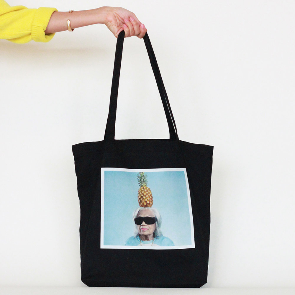 BLACK_PINEAPPLE_TOTE_THE_NANEE