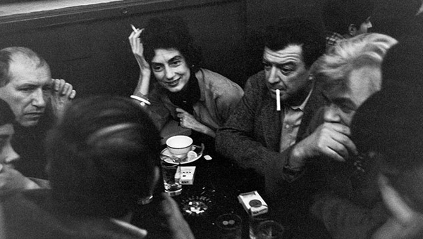 The Cedar Bar, 1959 (Clockwise faces from middle: Charlotte Park, Jack Tworkov, James Brooks, Mercedes Matter, Giorgio Cavallon.) Photo: © John Cohen / Getty Images