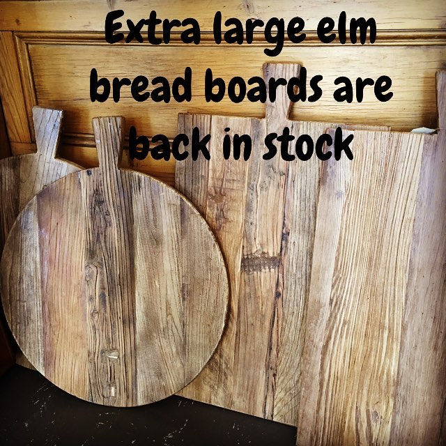 Breadboards are back in stock. Feeding a crowd? These are the perfect size for a large antipasto or family size pizza $99 #elmwood #breadboards #servingboard #kitchendecor #homewares #vintagestyle #bayside #baysidebusiness #baysidemelbourne #longweekend #longweekahead
