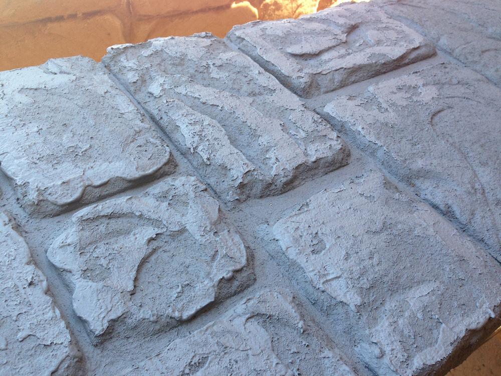 Stones Carved with Jaxsan