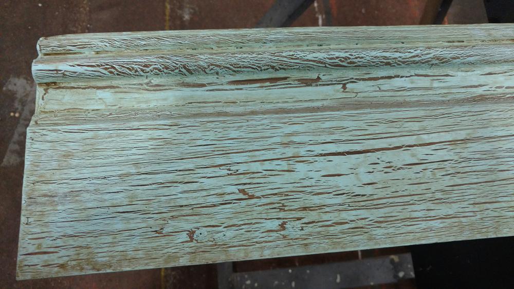 Glue Crackle Treatment on Baseboard