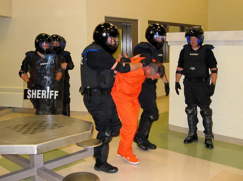 corr_inmate_lead_1500w.jpg