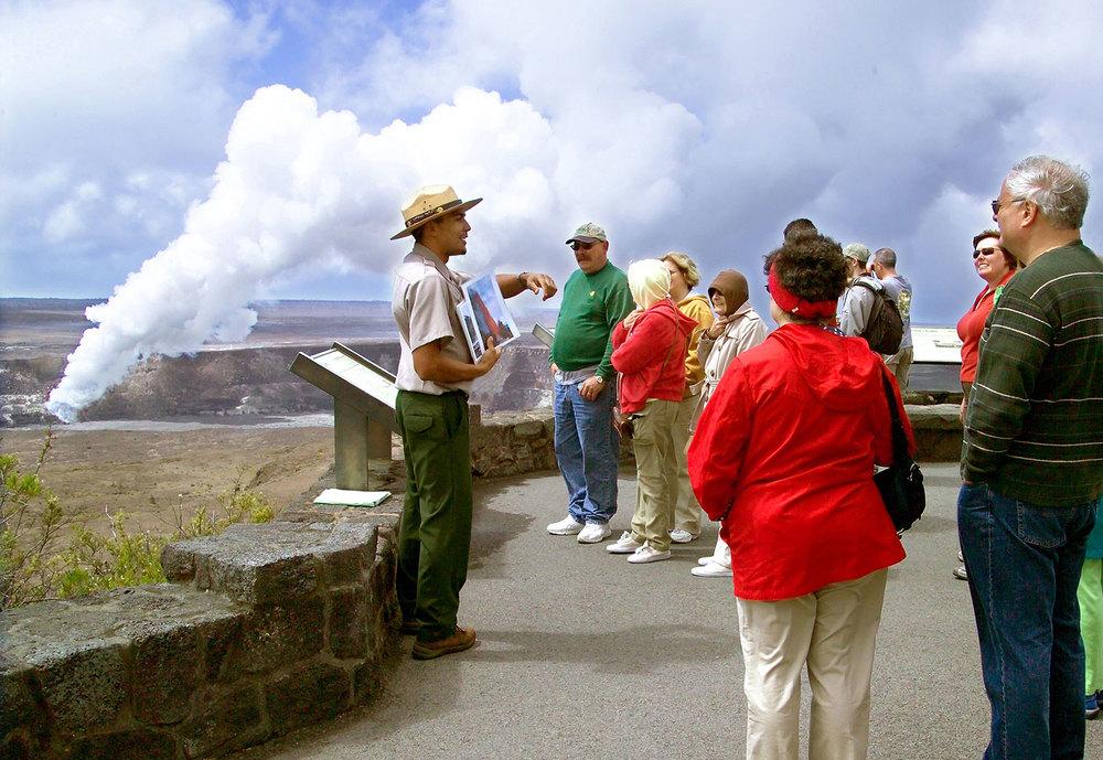 parks_guidetour_ranger_1500w.jpg