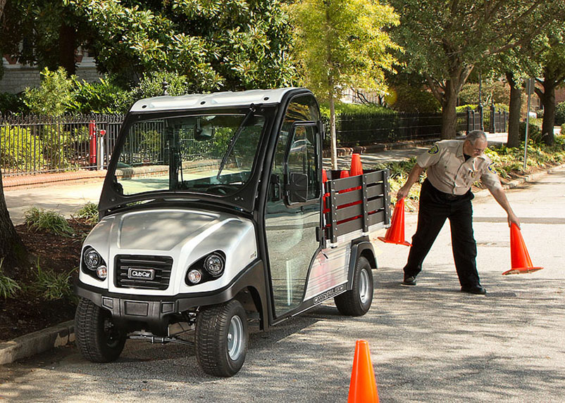 publics_campus_security_golfcart_1500w.jpg