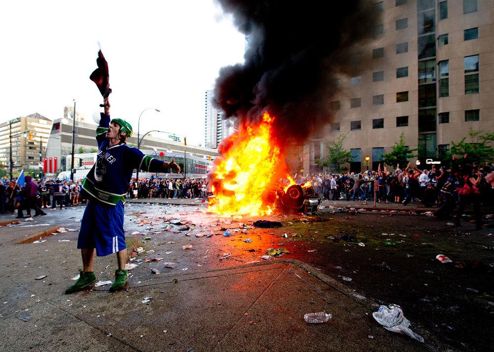 police_Riot_in_Vancouver_1500w.jpg