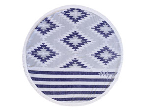 THE MONTAUK ROUND TOWEL // $99