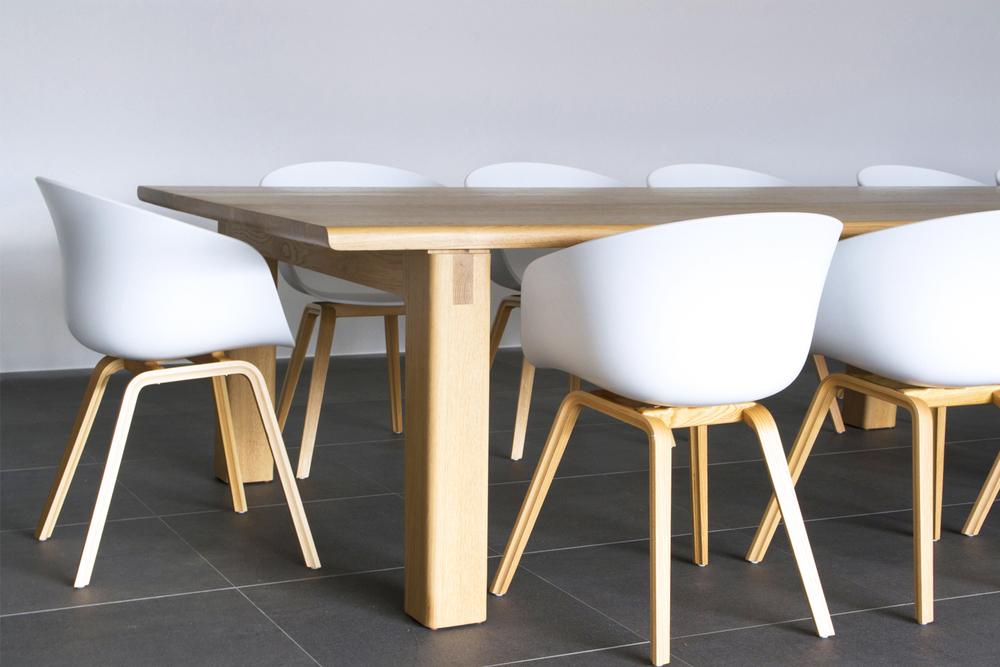 Kira_Kira_Alfresco_Table.jpg