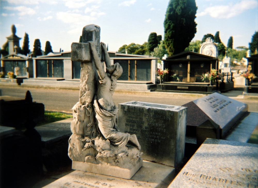 christ hanging [melbourne general cemetery, parkville, victoria, australia, 2005]