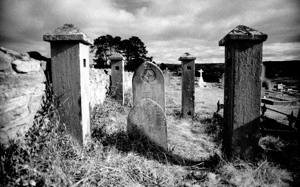 untitled #24 [ross anglican cemetery, ross, tasmania, australia, 2002]
