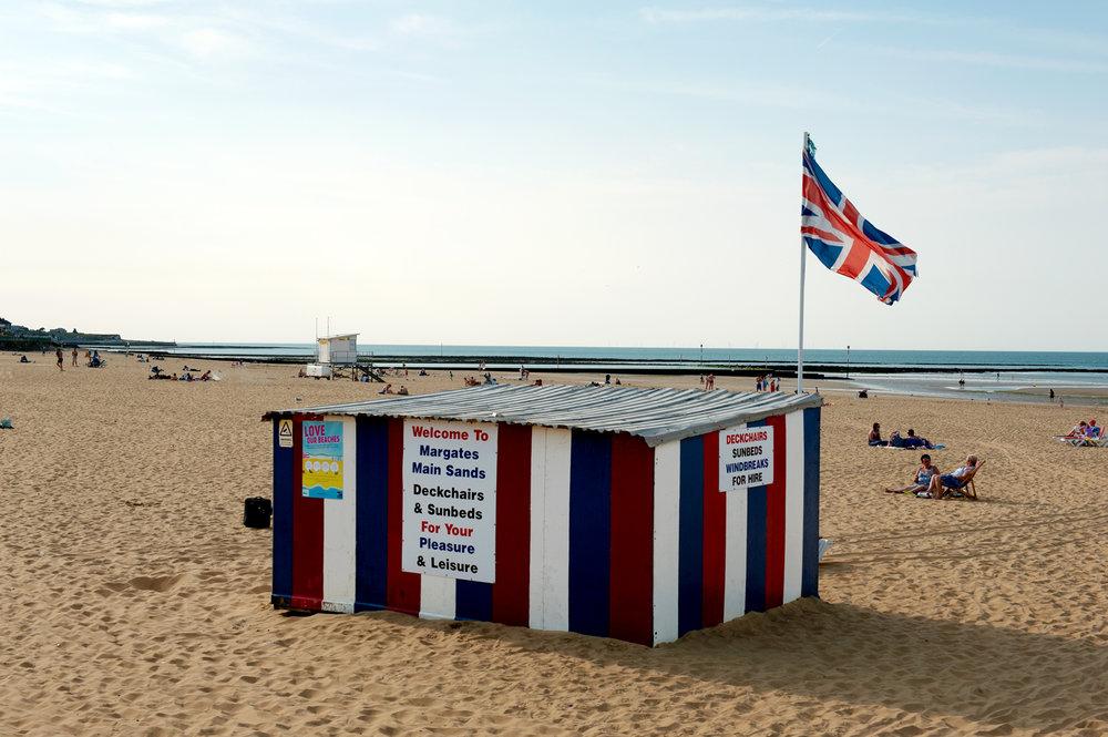 untitled #116 [margate beach, margate, kent, england, 2016]