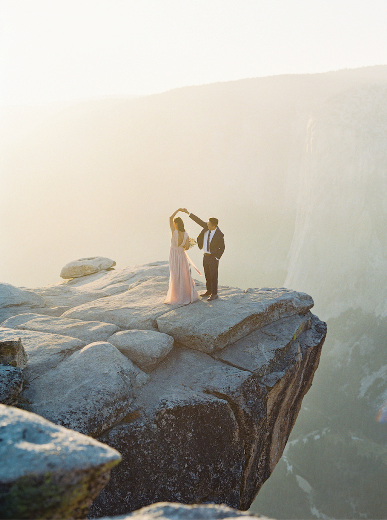 Meiwen Wang Photography-Yosemite Engagement 24 .jpg