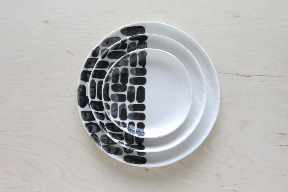 Superior Brick Patterned Dining Plates