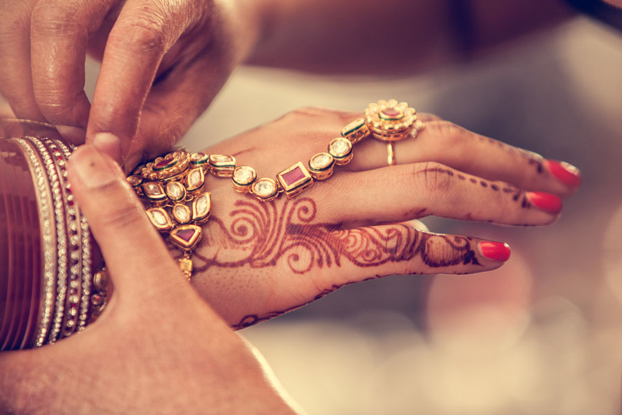 Hindu Wedding Photography by Ovoma