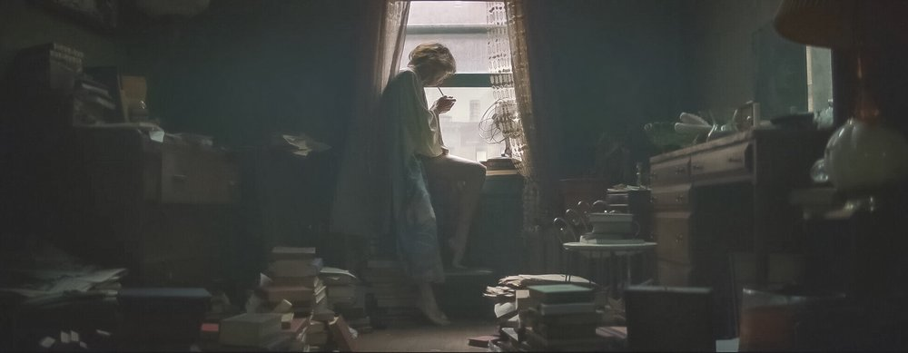 Naomi Watts' 1977 Bronx apartment bedroom in  The Wolf Hour