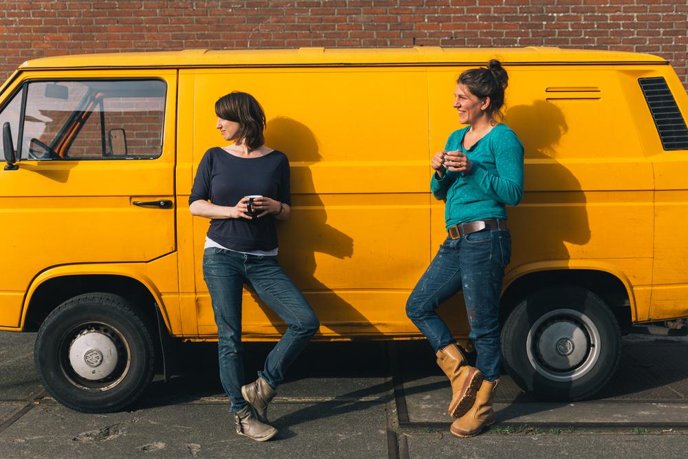 Eva en Marloes - Firma Zoethout. Foto: Mitchell van Voorbergen
