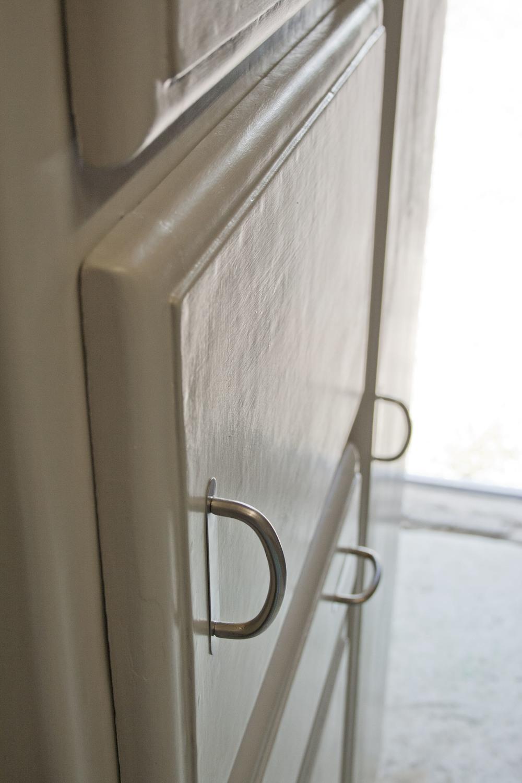 taupe kast detail_1.JPG