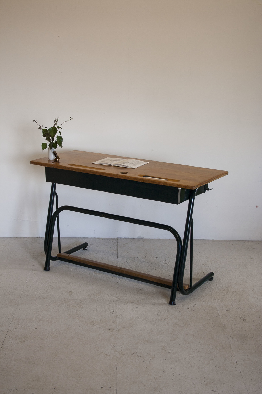 Vintage bureau 1.JPG
