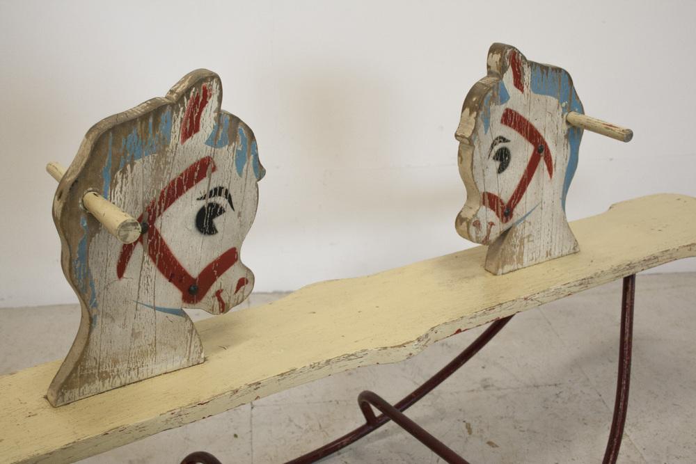 Vintage schommelpaard 4.jpg
