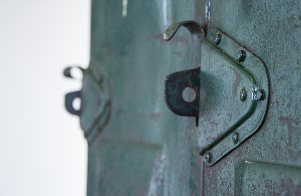 Industriele locker met vier deuren 6 copy.jpg