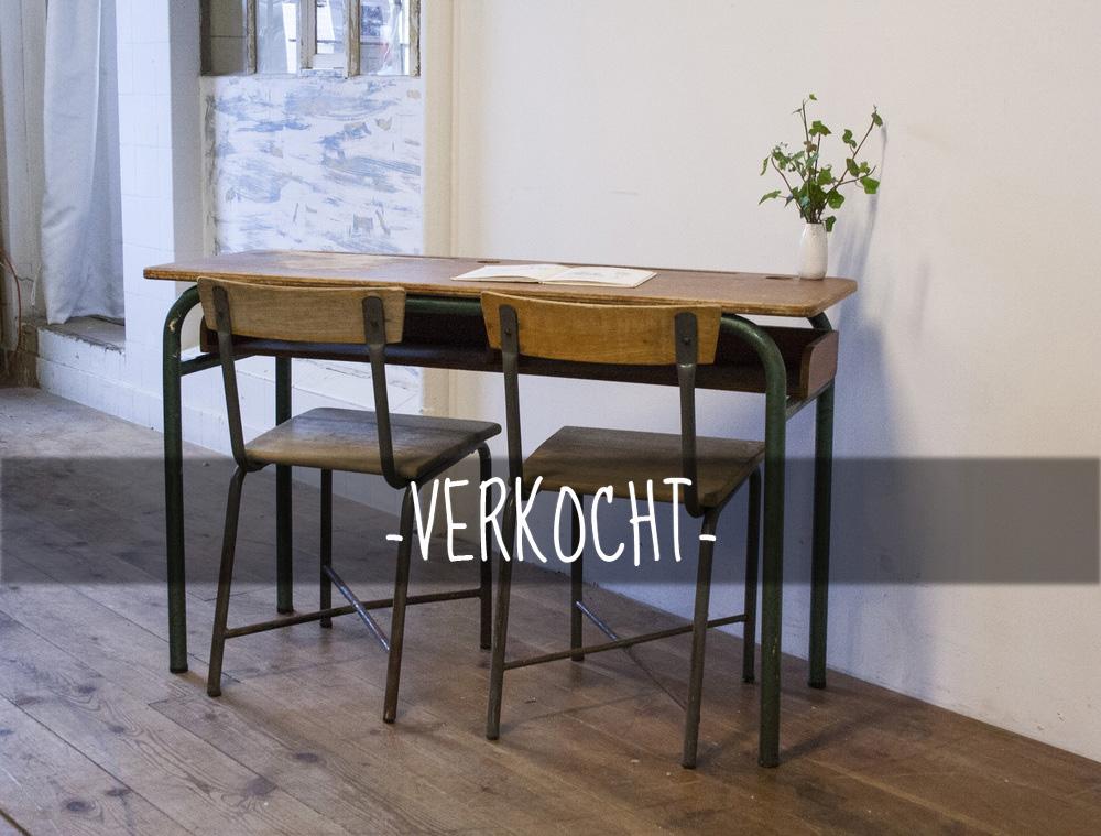 Vintage+schooltafel+met+stoelen+2+copykopie.jpg