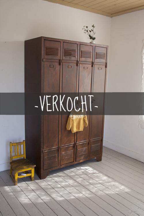 Prachtig+verroeste+4-deurs+locker_1kopie.jpg