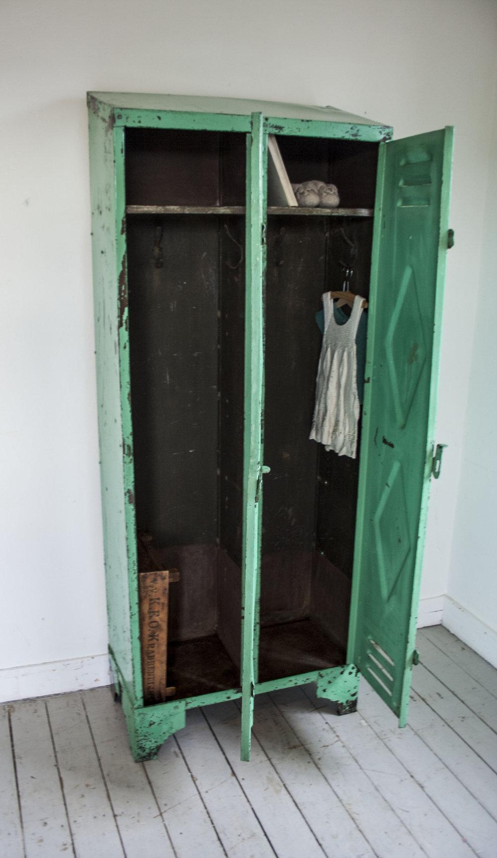 mintgroene locker 2 deuren_3.jpg