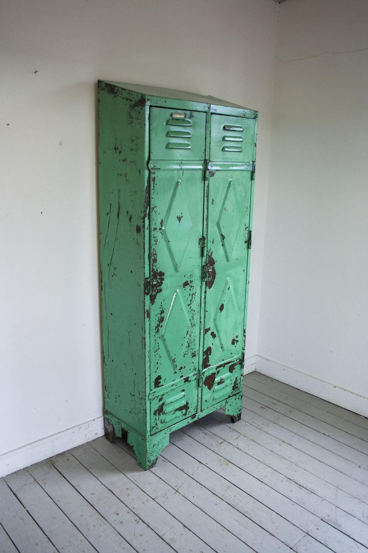 mintgroene locker 2 deuren_5.jpg
