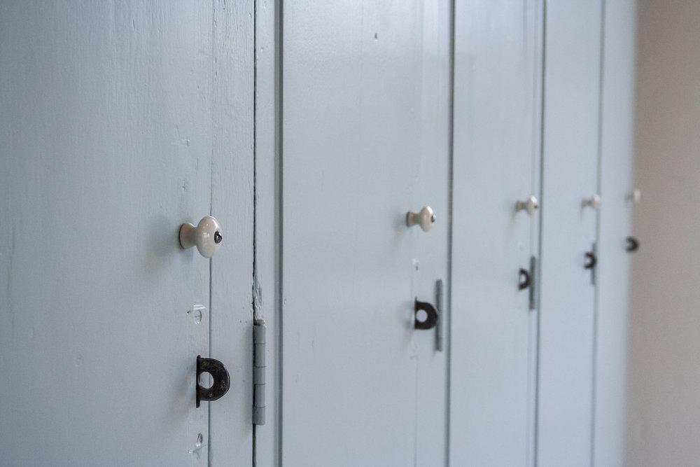 5-deurs houten locker_1.jpg