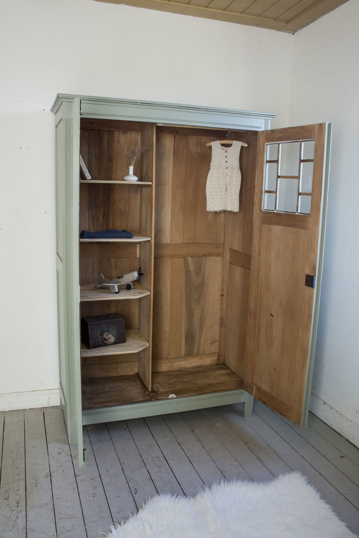 Grijsgroene kledingkast met ruitjes - Firma Zoethout_5.jpg