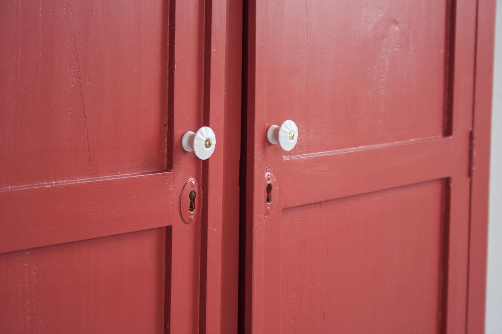 Rood vintage kastje - Firma Zoethout_2.jpg