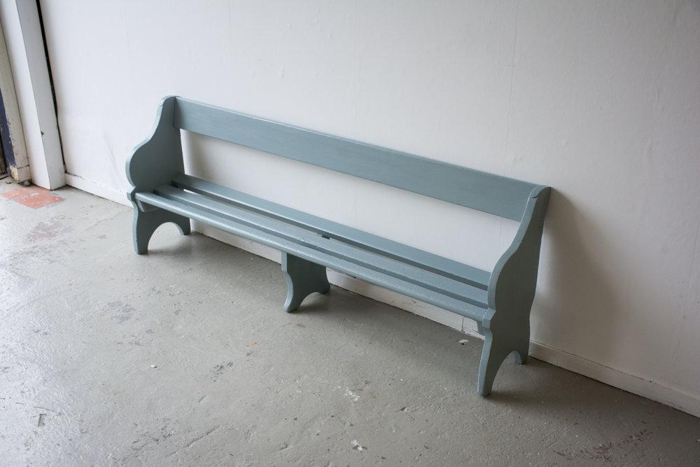 Grijsblauw vintage kerkbankje - Firma Zoethout_4.jpg
