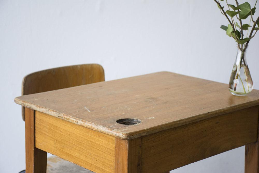 Houten vintage kleutertafeltje met stoeltje - Firma Zoethout_4.jpg
