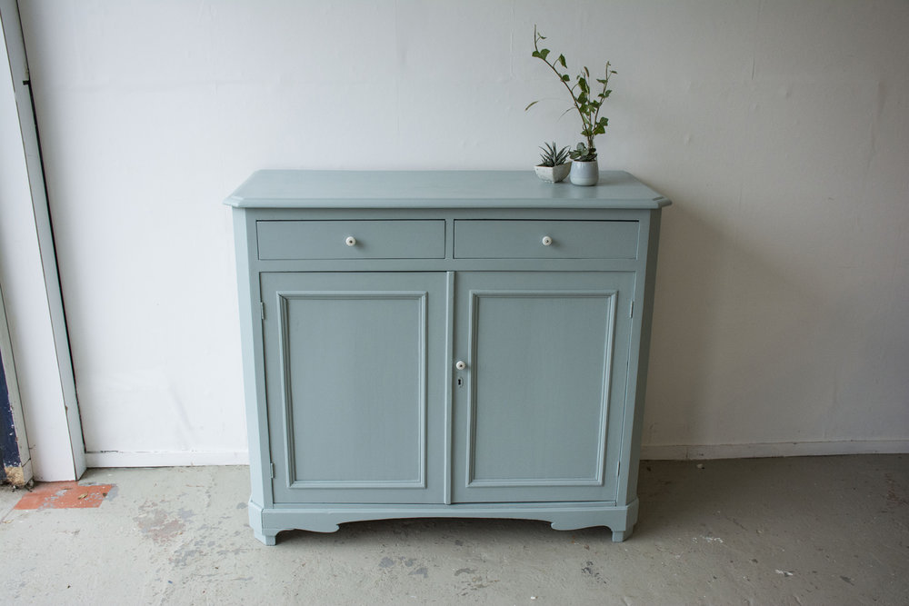 Oval room blue commode - Firma Zoethout_2.jpg
