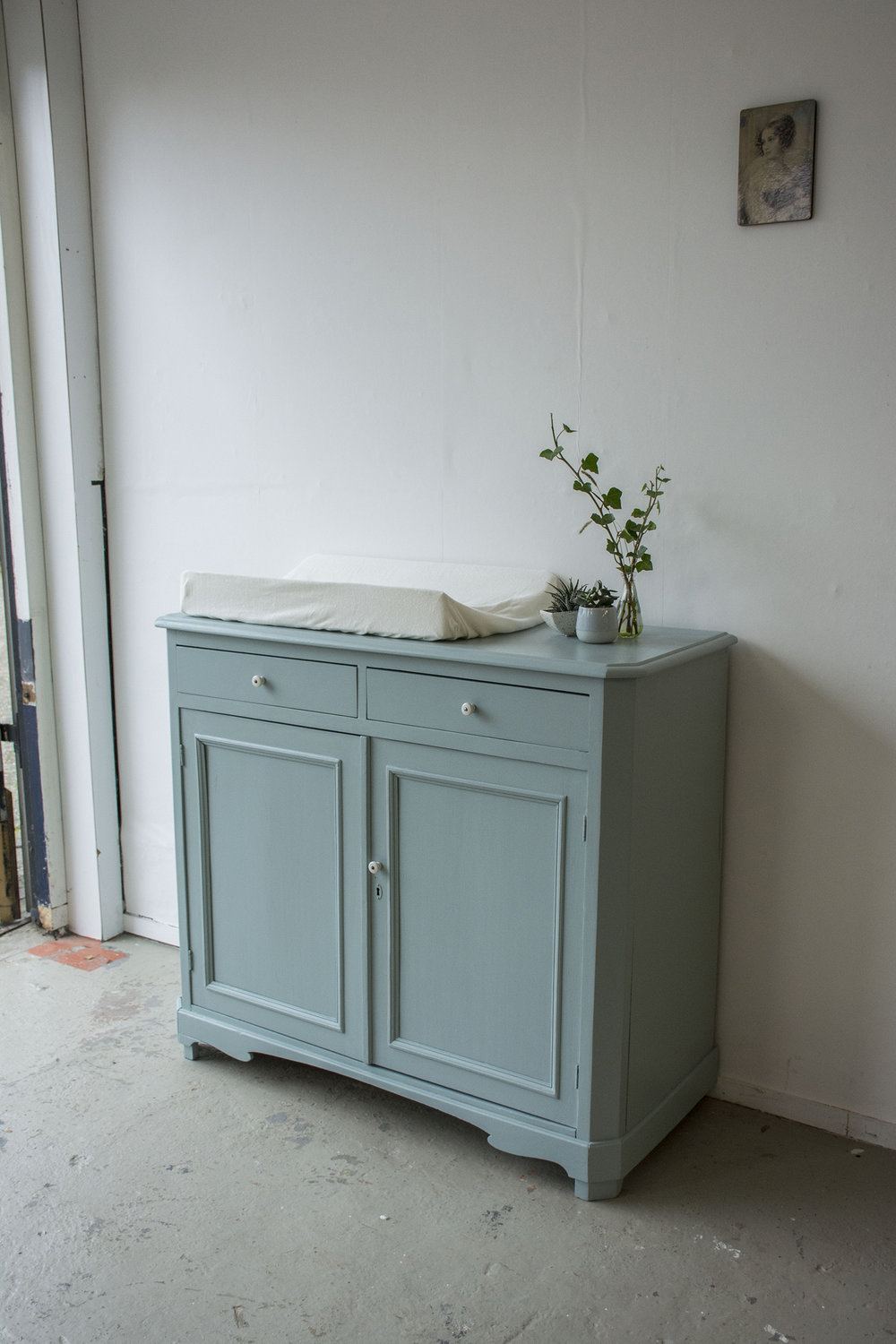 Oval room blue commode - Firma Zoethout_1.jpg